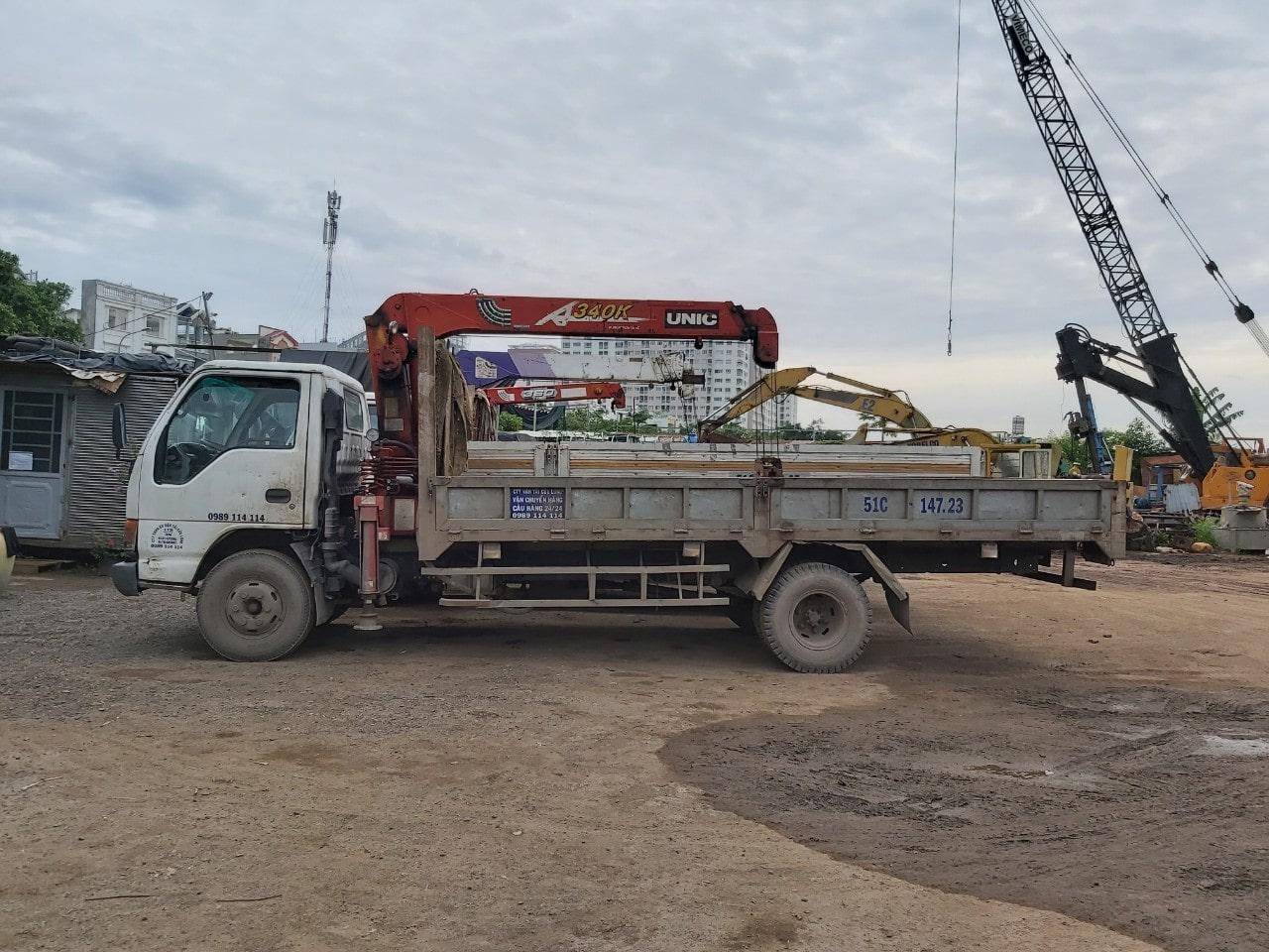 Dịch vụ cho thuê xe cẩu hàng - vận chuyển hàng hoá tại TPHCM